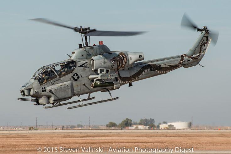 "https://flic.kr/p/r48E5V | The Snake | Bell AH-1W Super Cobra   165369  Marine Light Attack Helicopter Squadron 369 (HMLA-369) ""Gunfighters"""