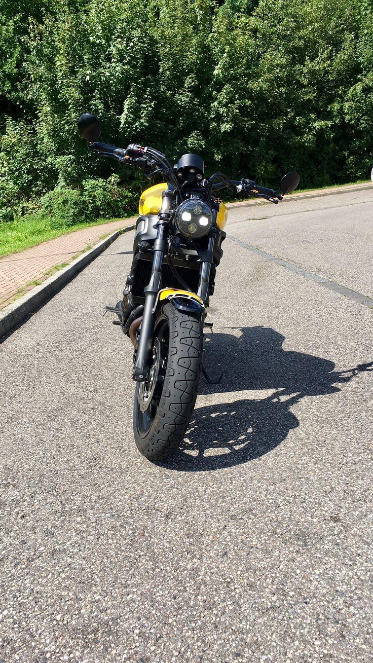 Yamaha XSR700 -2016