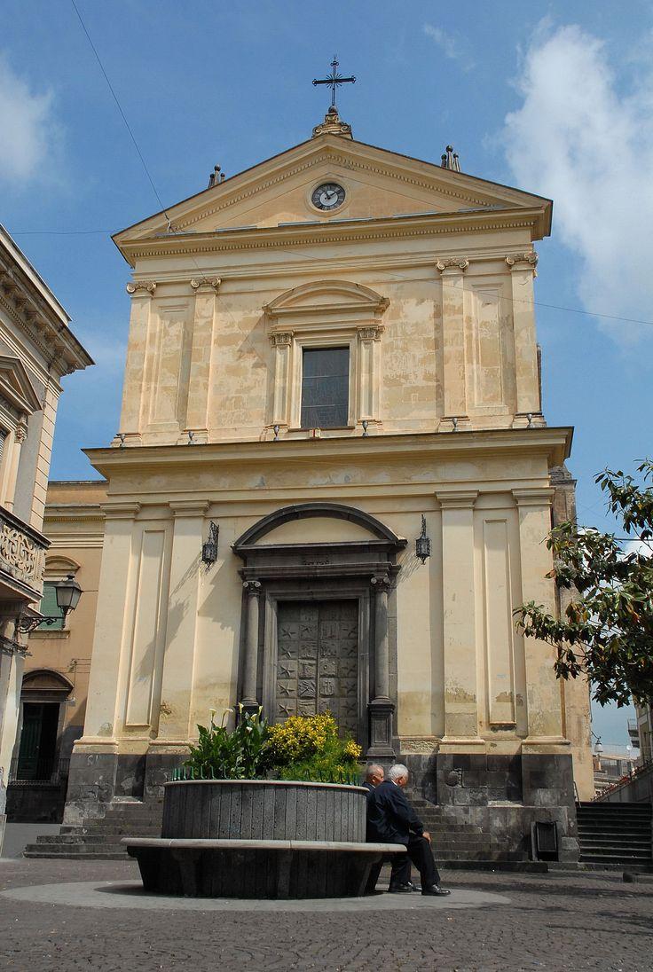 Bronte nel CT - Chiesa della S.S Annunziata #sicily #italy #museietnei #etna visit www.museietnei.it