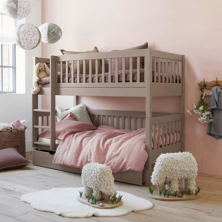 Twin room - 3 in 1 bed. Gorgeous bed for little girls