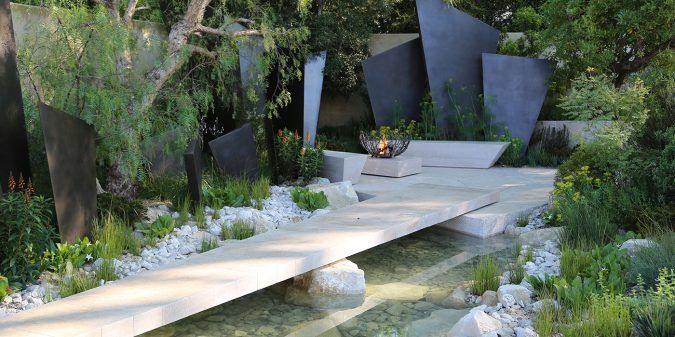 Andy Sturgeon's team of garden designers have been dedicated to creating dynamic external spaces since 1988. Based in Brighton we work internationally.