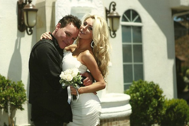 Check out Courtney Stodden's shoe mishap here: http://shoes.tv/courtney-stodden-wears-heels-with-a-sprained-foot-91029