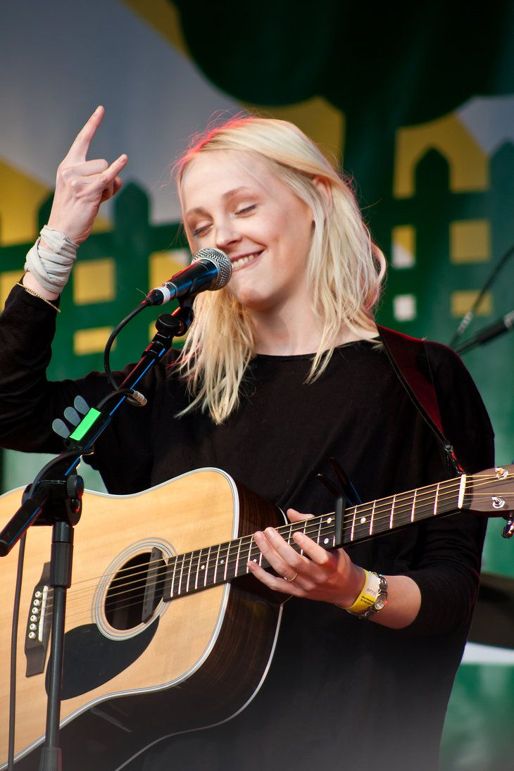 Such a badass : Laura Marling