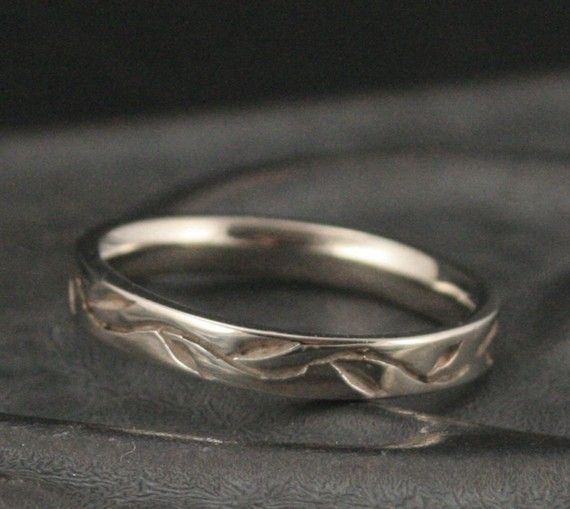 This is my kind of wedding ring <3