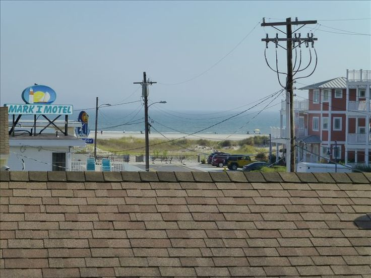 The is no street to cross between this townhome and the beautiful Wildwood Crest beach!