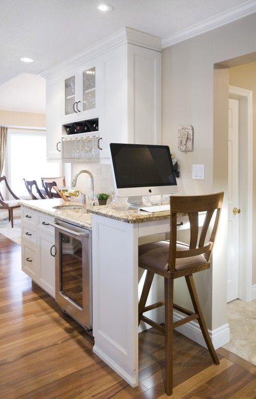 office nook/bar in kitchen. love it.
