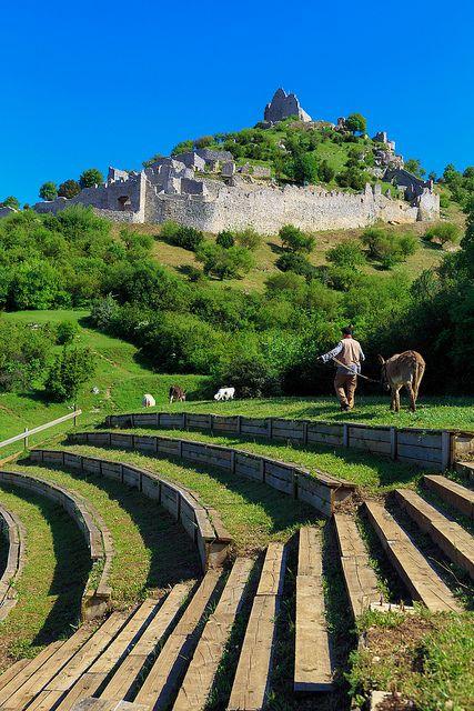 Le Chateau de Crussol à St.-Péray, Ardèche - Rhone-Alpes, France