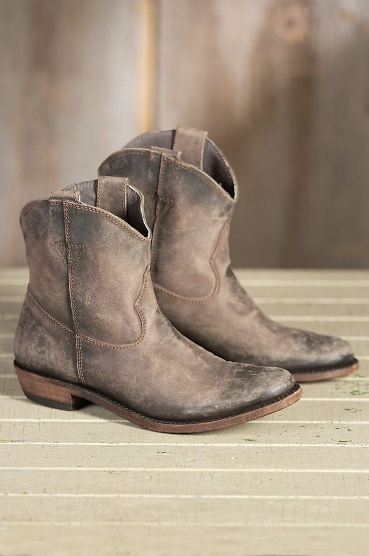 Women's Liberty Black American Short Distressed Leather Cowboy Boots | Overland Sheepskin