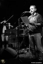 Marco Cinque with Maestro Alessio Toro at the viola (© Shoot 4 Change)