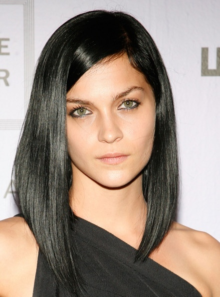 Thinking of getting this cut. My hair is naturally black so I think the cut would be easy to maintain, would just have to chase the shine  Leigh-Lezark-black-hair-color