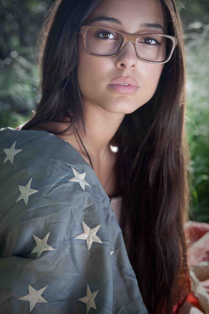 True Americana! Wooden eyewear by Sire's Crown. Chelsea wears the Dylan Thomas frame in Walnut wood <3
