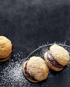 Pumpkin-Chocolate Whoopie Pies: Recipe, Chocolates, Pumpkin Chocolate Whoopie, Food, Pumpkins, Sweet Tooth, Whoopie Pies, Dessert
