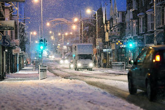 Snow in Tonbridge High Street