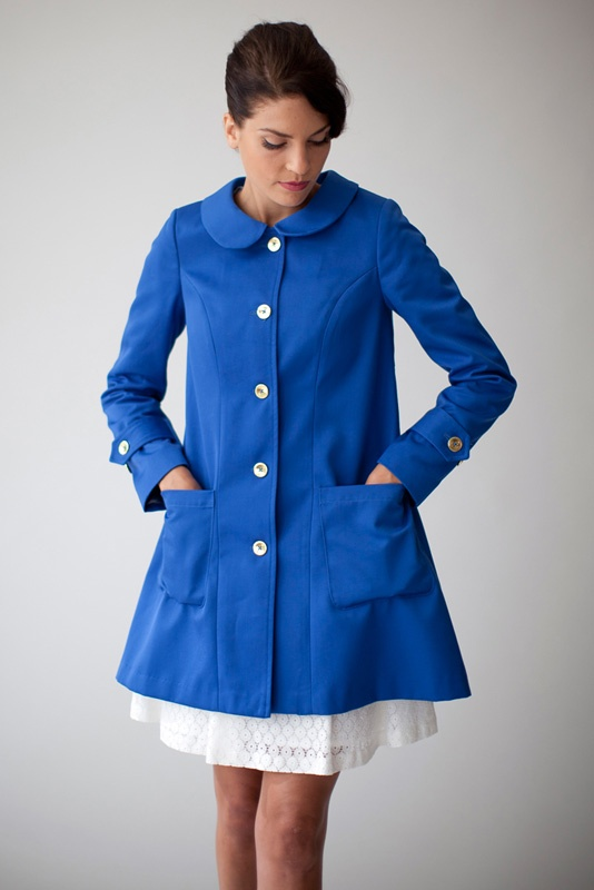 Coat Nadja in blue with golden buttons