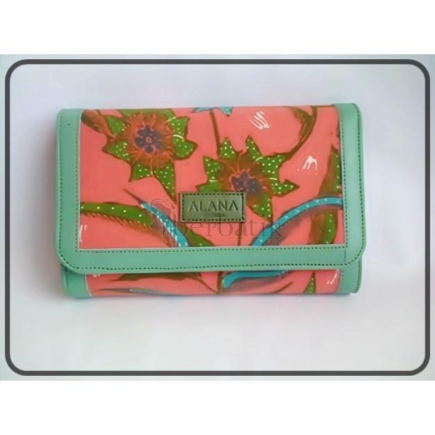 Stunning looking wallet from Batik Tulis Cirebon + Lamb Leather.   -by Alana-