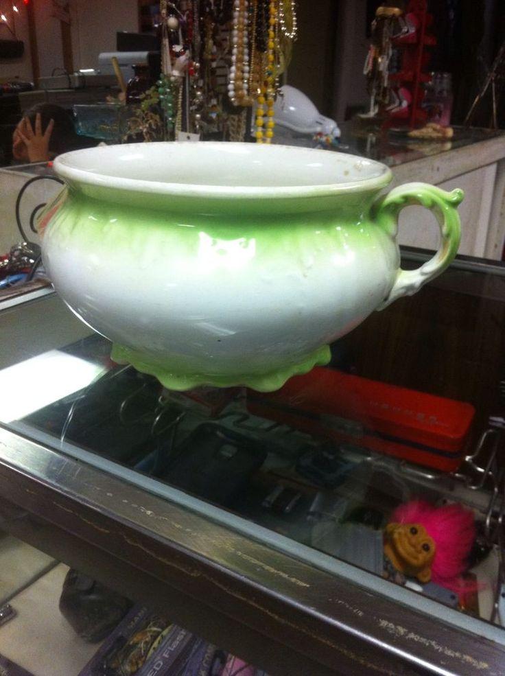 17 best images about the chamber pot on pinterest - Pot de chambre antique ...