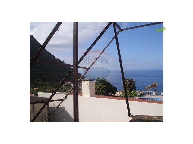 Moradia T3 Venda 190000€ em Calheta (Madeira), Arco da Calheta - Casa.Sapo.pt - Portal Nacional de Imobiliário