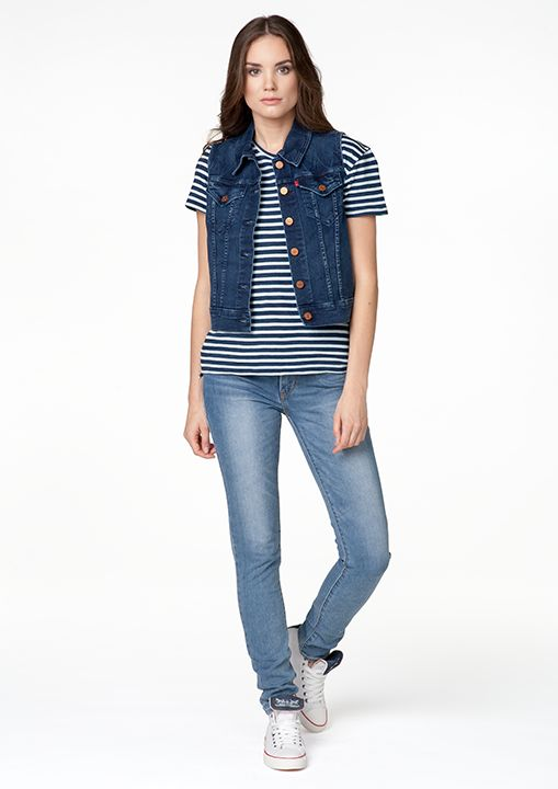 #women #womencollection #levis #liveinlevis #levisstrauss #jeans #denim #vest #tshirt #stripes #trainers