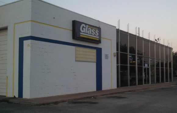 Glass & Mirror Shop #auto #insurance #abilene #tx http://oregon.remmont.com/glass-mirror-shop-auto-insurance-abilene-tx/  # Abilene About Us Abilene, TX Glass and Mirror Shop Binswanger Glass has been serving the Abilene, TX community since 1962 and is the premier auto glass and mirror shop in the area. With over 180 years experience in our shop guaranteeing your residential, auto and commercial glass jobs will be done with professionalism and care. We try to treat each glass job like our…