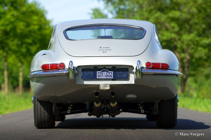 Jaguar E-type 4.2 FHC, 1967 - Welcome to ClassiCarGarage