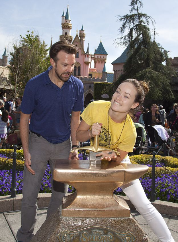 Just Olivia Wilde And Jason Sudeikis Being Adorable At #Disneyland Together on Mar 26, 2013  http://celebhotspots.com/hotspot/?hotspotid=4967&next=1