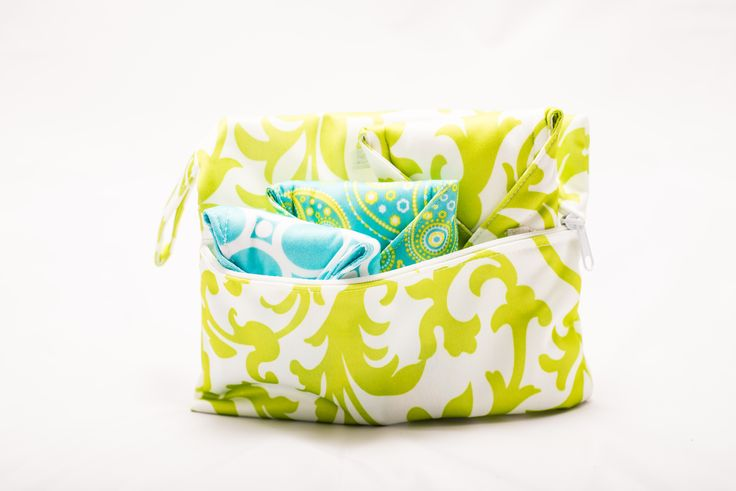 EARTH BLOOM COLLECTION   SET CONTAINS: 1 LIME SWIRL LOTUS LINER (SZ LARGE) 1 MAJESTIC PAISLEY LOTUS LINER (SZ MEDIUM) 1 MYSTIC TURQUOISE LOTUS LINER (SZ SMALL) 1 TRAVEL BAG   We've created the sample bloom pack for you to try out three of our wonderful liners, in each of the three sizes we have created: mini bloom (small) regular bloom (medium) and maxi bloom (large). These stylish Bloom packs are ideal for getting started to determine which liner works best for which day.