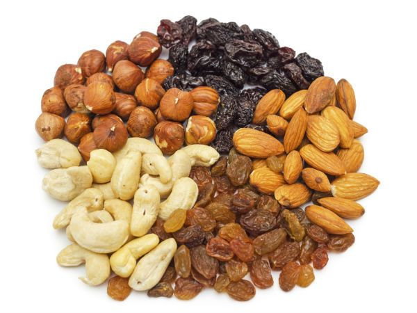The modern world is full of well-informed consumers who desire healthy produce. They prefer organic foods with vitamins and micronutrients. In addition, They choose to munch on protein-rich nuts and fruits. They also buy dry fruits online to ensure the entire family's protection. All these edible and reliable substances make up a healthy and balanced diet.