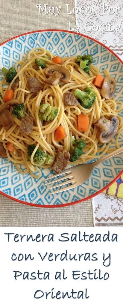 Ternera Salteada con Verduras y Pasta al Estilo Oriental: Un plato fácil y rápido de hacer, sabroso y saludable. Puedes encontrarlo en www.muylocosporlacocina.com.