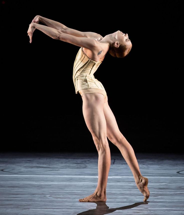 """Elena Vostrotina Елена Востротина, """"Vertigo Maze"""" choreography by Stijn Celis, music by Johann Sebastian Bach [""""Ciaccona"""" (Chaconne) for solo violin and four voices], costume by Kathy Brunner, Dresden Semperoper Ballett  Note: Ballet to be performed during """"2016 Roberto Bolle and Friends"""" at Teatro Politeama Greco, Lecce, Italy on November 26-27, 2016"""