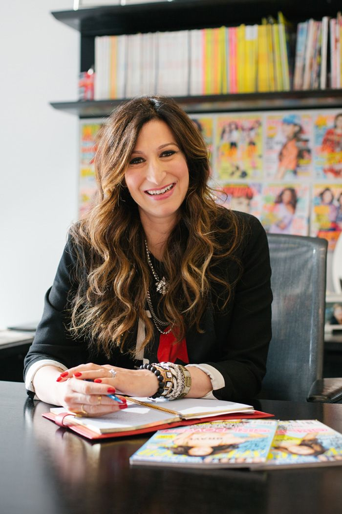Seventeen Magazine Editor-in-Chief Ann Shoket Magazine editor - fashion editor job description