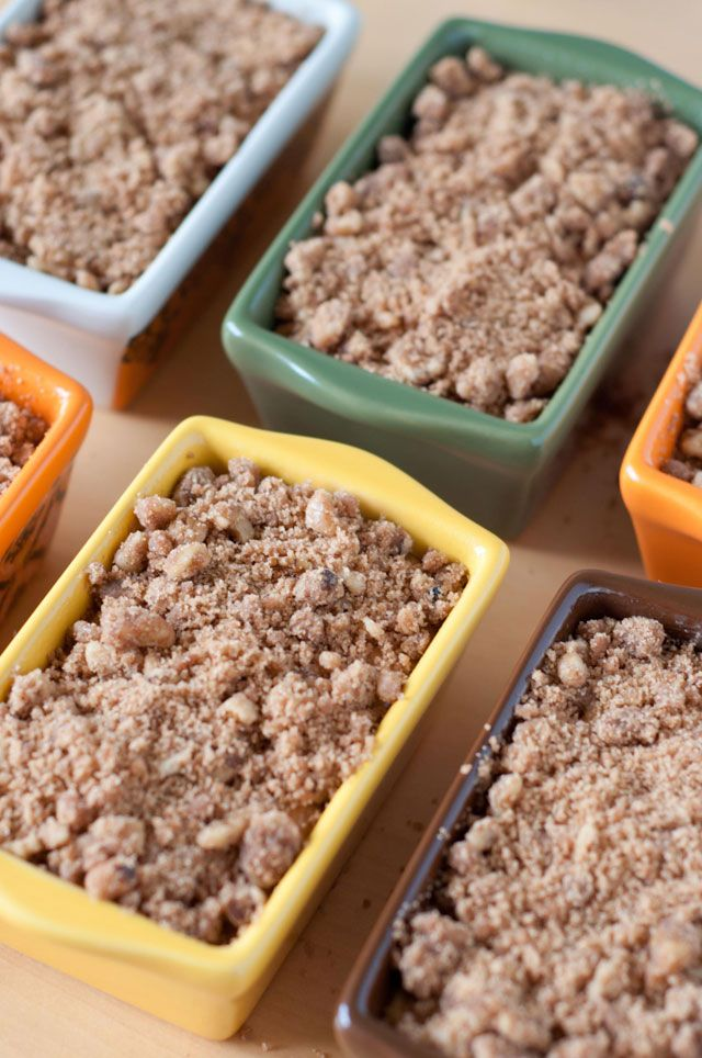Pumpkin Bread with Streusel Topping - Bakingdom