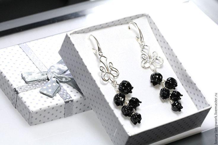 Купить Длинные серьги Черная Элегия - 925 серебро лэмпворк lampwork цветы - серьги, лампворк