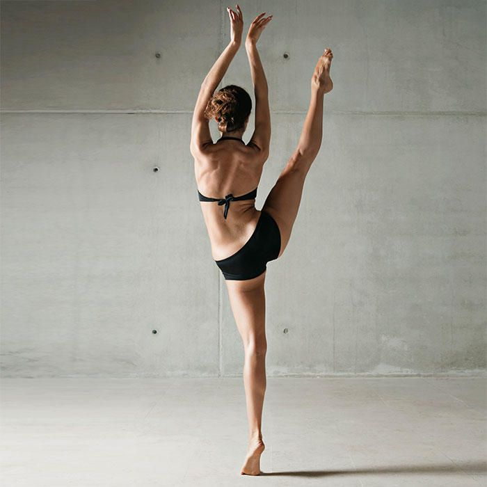 Do these lower body exercises as your warm-up and you'll sculpt an enviable dancer's booty—minus the ballet lessons!
