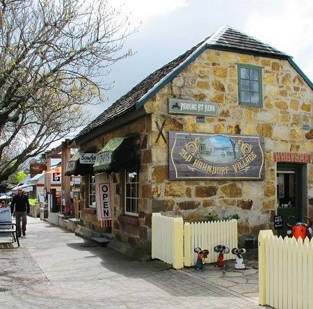 Adelaide Hills & Hahndorf Hideaway. To learn more about #Adelaide | #SouthAustralia, click here: http://www.greatwinecapitals.com/capitals/adelaide-south-australia