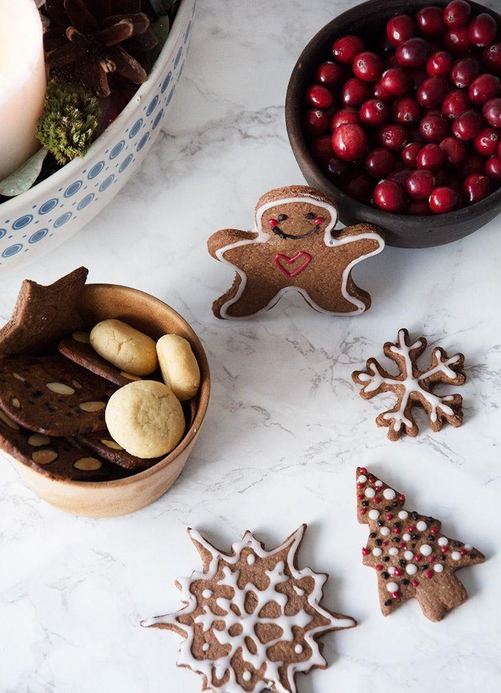 Pebernødder, brunkager, kryddersmåkager og mange andre skønne klassiskere - her får du mine bedste opskrifter på julesmåkager