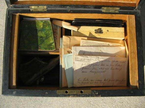 This is a shorter version of  'This is The Secret of Granddads Trunk ', a poignant  insight into the life of the author's grandfather who was killed in WW I.  There is a link included to the original Forum thread, but you will need to register to access the photos.