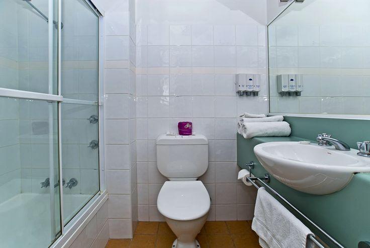 Riverside Hotel Brisbane Bathroom