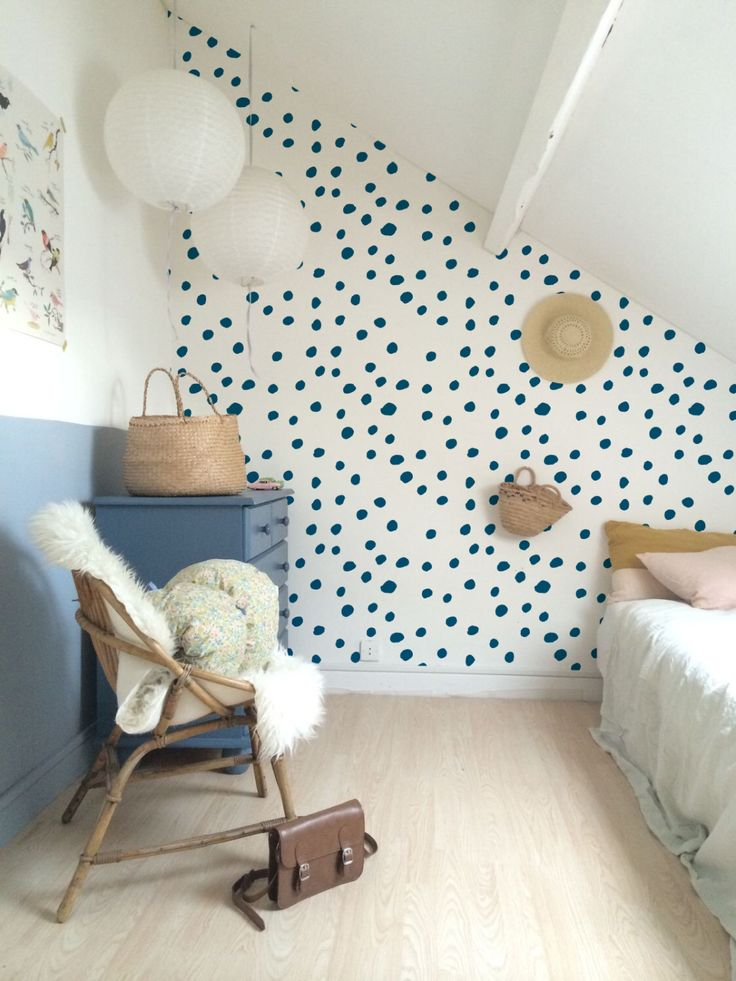 Best 25 polka dot wall decals ideas on pinterest polka for Decor mural adhesif