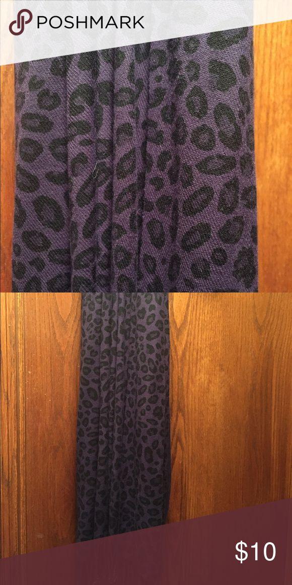Grace Adele cheetah scarf Grace Adele Purple/Black cheetah scarf. Good, used condition. Grace Adele Accessories Scarves & Wraps