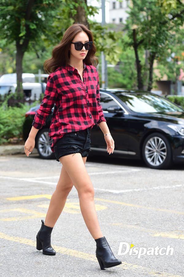 SNSD Yuri Kpop Fashion 150904 2015