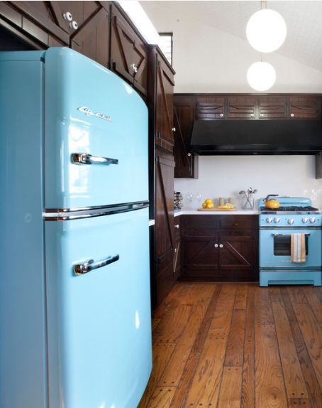 Vintage appliances, modern performance. Discover Big Chill's colorful modern made classics today!