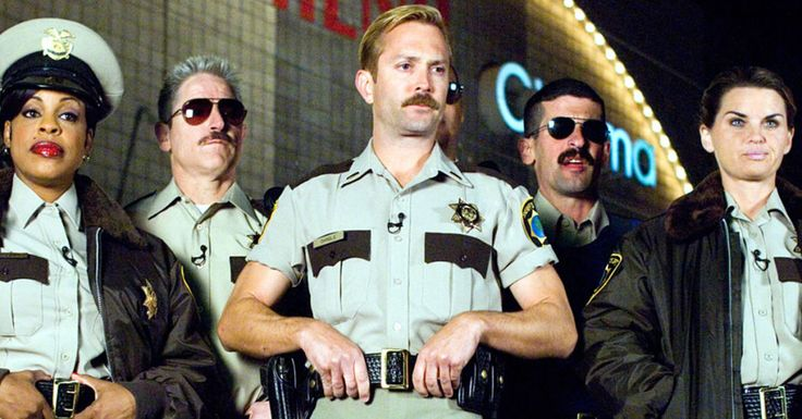 10 Things Thomas Lennon Wants You to Know About Lt. Dangle's Reno 911! Shorts  - Esquire.com