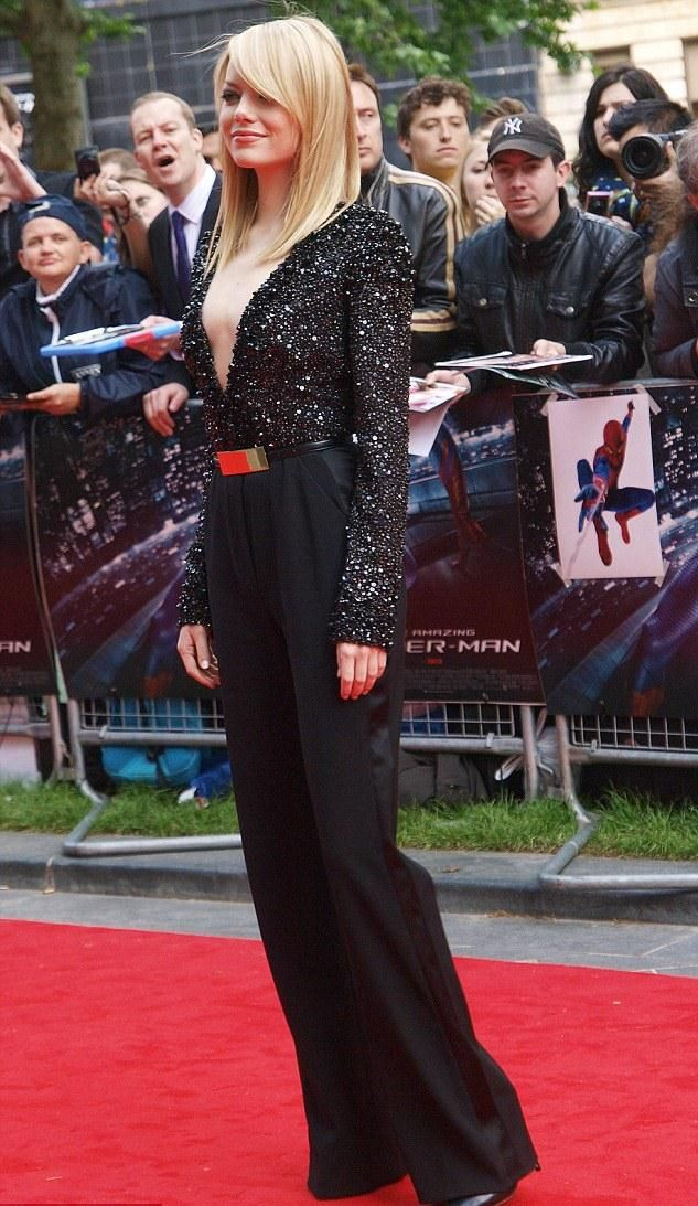sparkle & red pop: Gorgeous Fashion, Celebrity Style, Elie Saab, Red Carpets, High Fashion, Fashion Favourit, Stars Style, Red Pop, Emma Stones