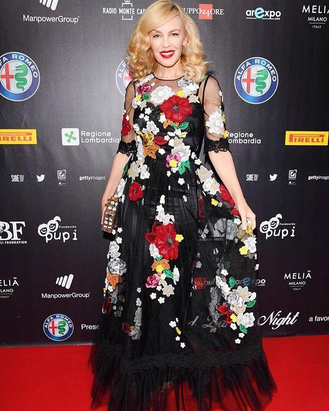 "@dolcegabbana Kylie Minogue wearing Dolce&Gabbana to the ""Bocelli e Zanetti Night"" in Milan. #dgwomen #dgcelebs"