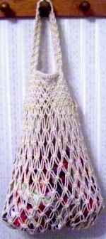 simple net macrame tote bag using basically just square knots