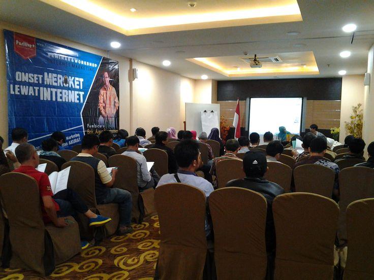 #bisnisindonesia #internetmarketing #marketing #marketingonline Belajar seo Dasar, belajar SEO, belajar SEO pemula, Belajar seo cepat, tips seo, +6281-753-7894 (XL) LPK PiranhaMas Group adalah suatu lembaga pelatihan kerja yang memberikan pelatihan dan pembelajaran tentang internet marketing seperti : 1. optimasi di semua media sosial 2. cara pasang iklan gratis 3. optimasi SEO, dan masih banyak lagi.  uploded by : Imam Buchori +6281-753-7894 (XL)