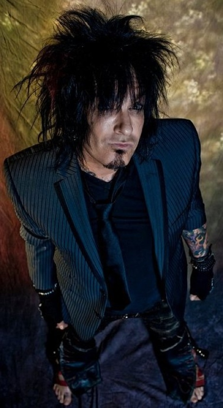 17 Best Images About Red White Crue On Pinterest Mick Mars Music Videos And Girls Girls Girls