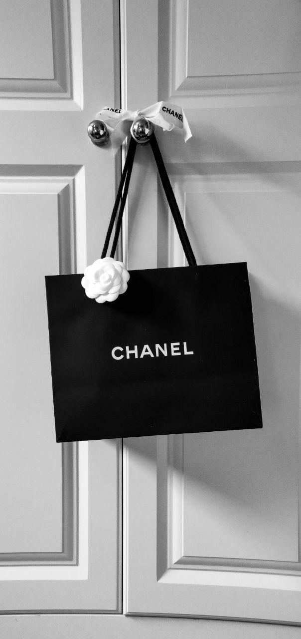 Black And White Black And White Words Black And White Photo Wall Black And White Bags Chanel wallpaper black and white