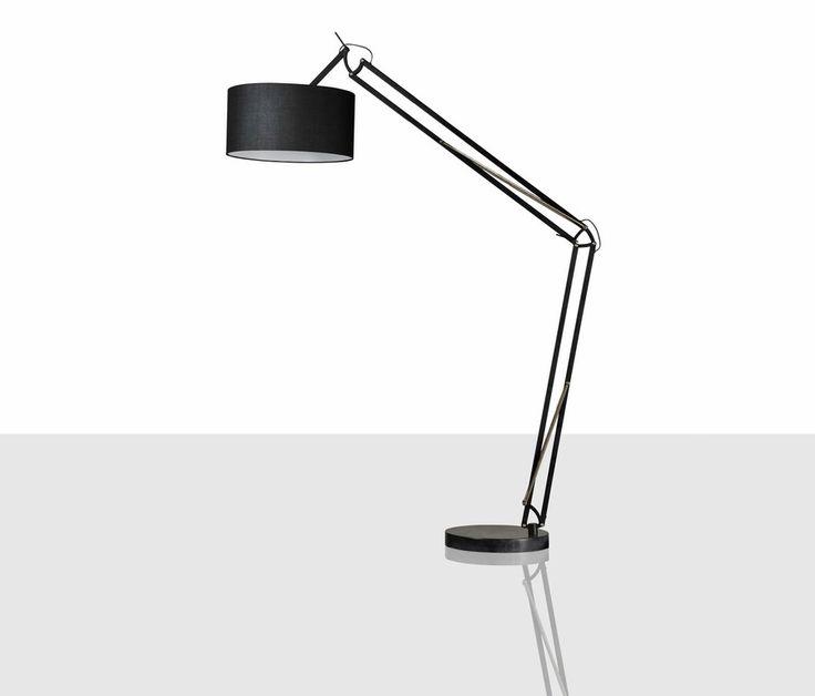 Se llevan las grandes lámparas de pie en el salón. Siluetas esculturales llenas de personalidad. ¿Te atreves? En Dugar Home te proponemos diseños para todos los gustos.  #DugarHome #decoración #hogar #interiores #interiorismo #lámparas #iluminación