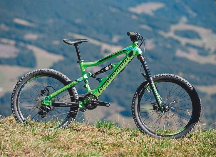 48 best mountain bikes images on pinterest bicycles. Black Bedroom Furniture Sets. Home Design Ideas